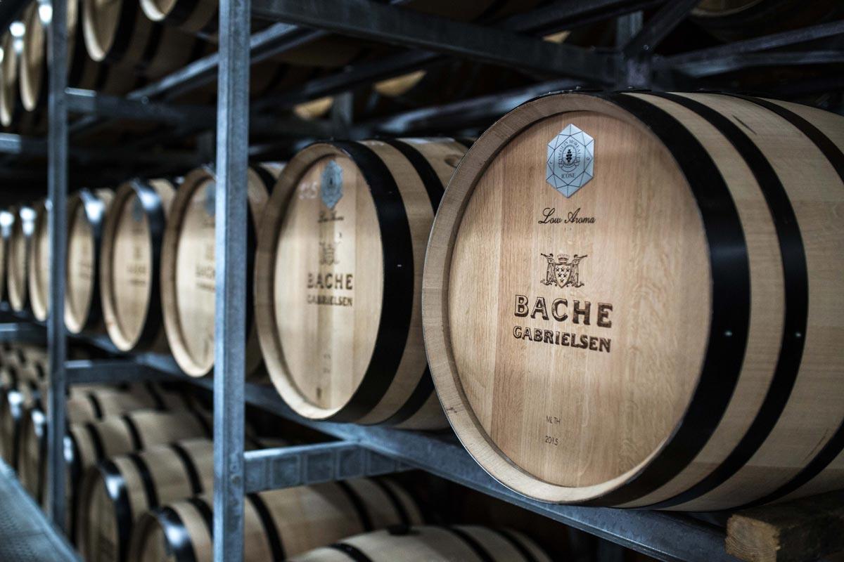Cognac Fässer im Keller